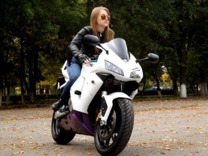 Какво трябва да знаем при избор на дамско кожено яке за мотор?